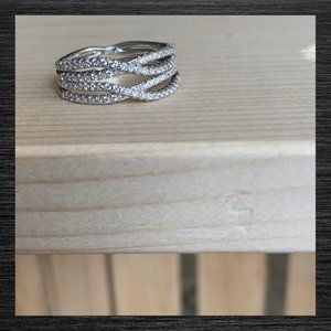 Jewelry - NWOT Austrian Crystals Silver Ring